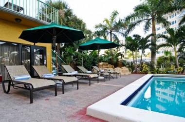 Best Western Plus Oceanside Inn pool
