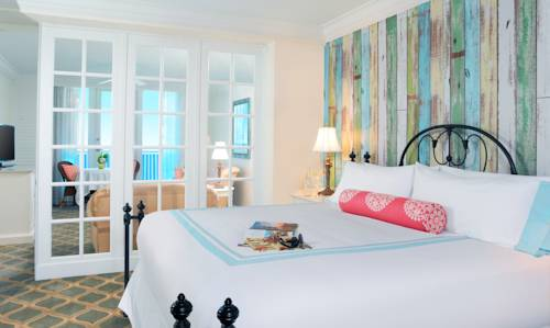 Pelican Grand Pure Spa Resort bedroom