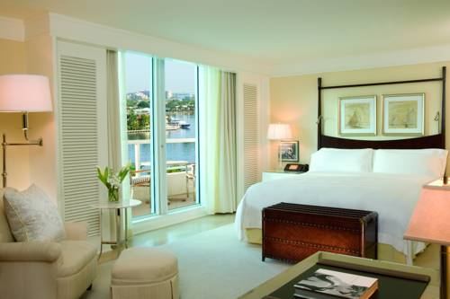 Ritz Carlton Fort Lauderdale bedroom