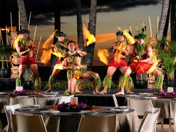 Mai Kai Hawaiian show and dinner