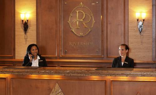 Riverside Hotel concierge