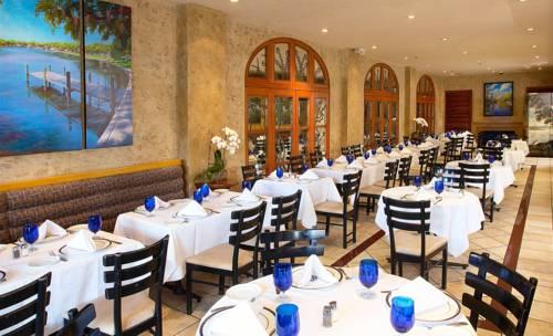 Riverside Hotel dining