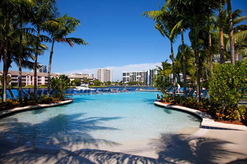 Crowne-Plaza-Hollywood-Beach-Resort-Hotel-pool-3