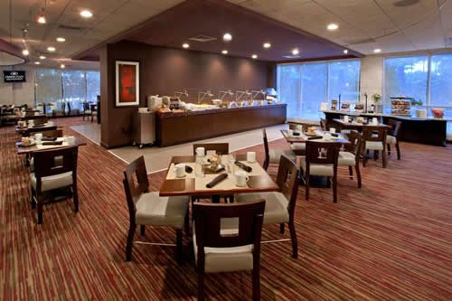 Crowne-Plaza-Hollywood-Beach-Resort-Hotel-restaurant-3