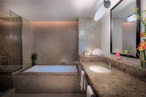 Hard-Rock-Hotel-Casino-Hollywood-bathroom