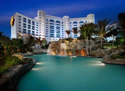 Hard-Rock-Hotel-Casino-Hollywood-ouside