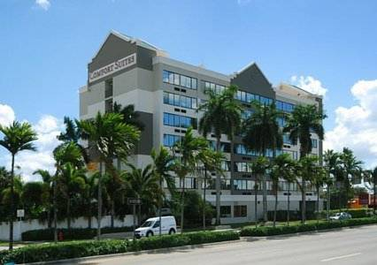 comfort-suites-fort-lauderdale-airport-cruise-port-hotel