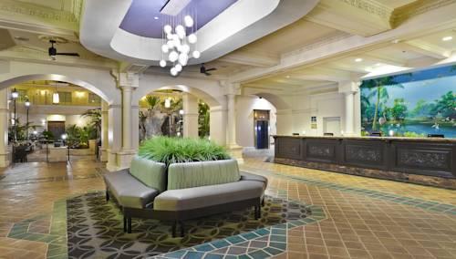 embassy-suites-hotel-ft-lauderdale-17-street-lobby
