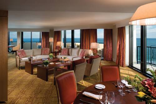 fort-lauderdale-marriott-harbor-beach-resort-spa-oceanfront-dining