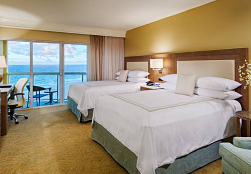 fort-lauderdale-marriott-pompano-beach-resort-spa-bedroom1