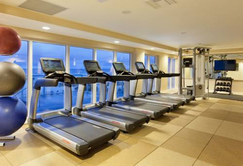fort-lauderdale-marriott-pompano-beach-resort-spa-gym1