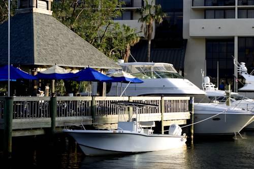 hilton-fort-lauderdale-marina-boat-docks