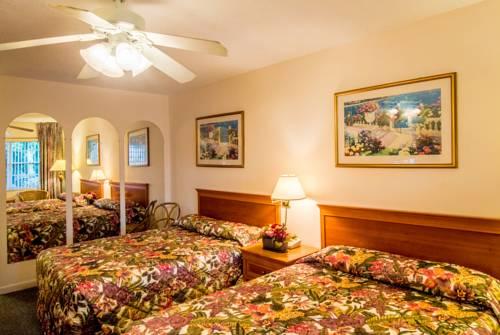 shore-haven-resort-inn-lauderdale-by-the-sea-bedroom